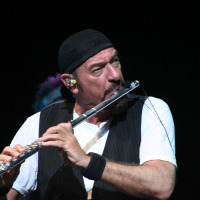Ian Anderson no Citibank Hall, Rio - 15/05/2011