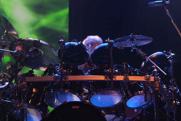 Alan White (bateria) do Yes no Vivo Rio - Rio, 25/05/2013