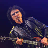 Tony Iommi (guitarra) do Black Sabbath na Praça da Apoteose, Rio - 13/10/2013
