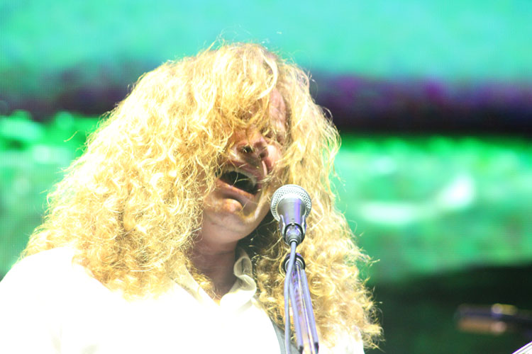 Dave Mustaine (vocal e guitarra) do Megadeth na Praça da Apoteose, Rio - 13/10/2013