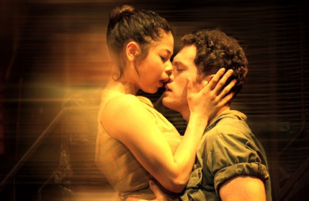 miss-saigon-25th-001