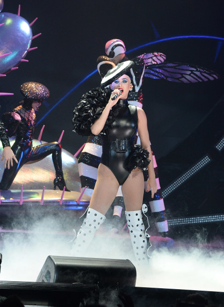 """MONTREAL, QUEBEC - SEPTEMBER 19:  (Exclusive Coverage, Editorial Use Only) Katy Perry performs onstage during her """"Witness: The Tour"""" tour opener at Bell Centre on September 19, 2017 in Montreal, Canada.  (Photo by Kevin Mazur/Getty Images for AEG)"""